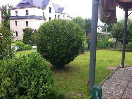 schöne helle 2-Zimmer-Wohnung mit EBK, Stellplatz und Garten
