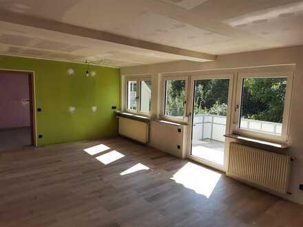 Modernisierte 6-Zimmer-Wohnung mit Balkon in Weilheim Teck