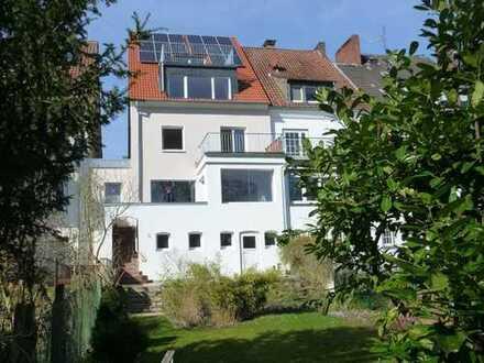 Großzügige A+ Maisonnettewohnung in idealer grüner zentraler Lage