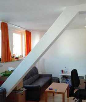 Schönes 25m² Zimmer in geräumiger 3er-WG in Innenstadt