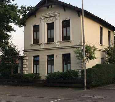 Gepflegte 3-Zimmer-Wohnung mit großer Dachterrasse und Einbauküche in Delmenhorst Deichhorst