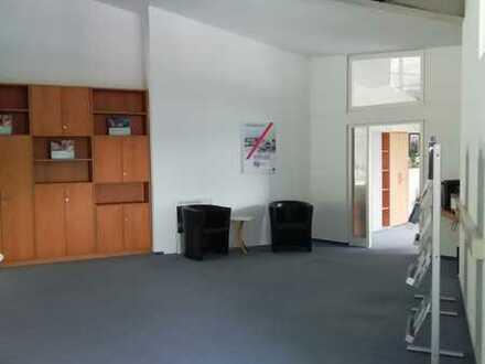 Lichtdurchflutete Büroeinheiten in verkehrsgünstiger Lage