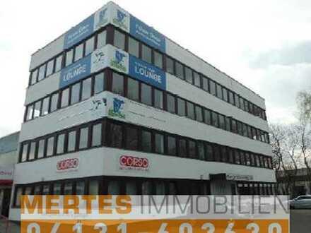 Diverse Büroflächen auf einem Gewerbehof in Meiendorf.