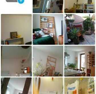 1,5 Zimmer mit WC und Küche in WG