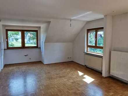 Gepflegte 4-Raum-Maisonette-Wohnung mit Balkon in Lohr am Main