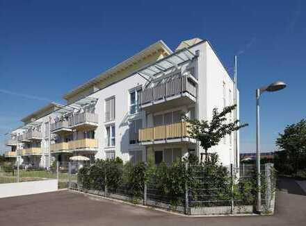 Großzügige 3 Zimmer-Wohnung mit Einbauküche, Balkon & TG-Stellplatz!