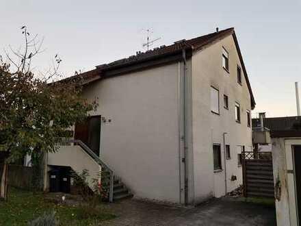 2 Zimmer Wohnung 45 m² DIN, in Esslingen-Zell mit Einbauküche und PKW Stellplatz frei ab 1.04.2020