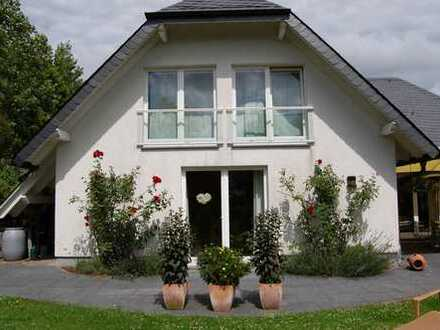 Exklusives großes EFH mit Garten in Bestlage von Brilon zu vermieten