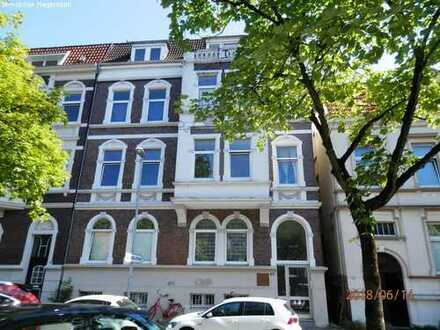 3-Zimmer-Wohnung mit Balkon im Dachgeschoss zu vermieten!