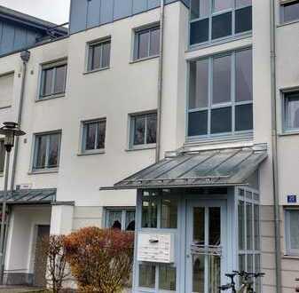 Schöne möblierte 2-Zimmerwohnung mit Westloggia in Taufkirchen
