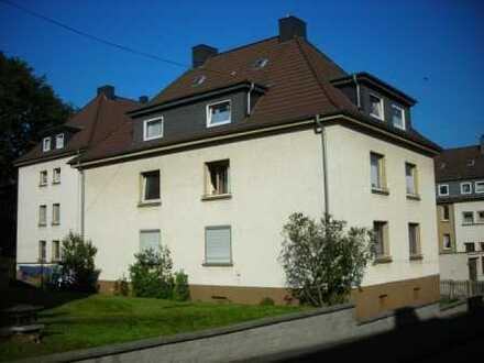 kleine, gemütliche und komplett modernisierte Dachgeschosswohnung am Siegerner Rosterberg