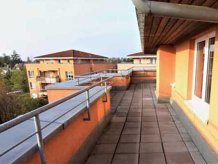 Gemütliche DG-Wohnung mit Dachterrasse in Bernau