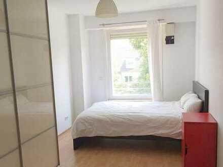 Exklusive, geräumige 67 Quadratmeter möblierte Wohnung im Zentrum von Bonn