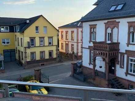 Funktionale Dachgeschoss-Wohnung I 3ZKB mit Balkon