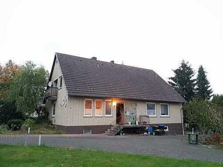Großzügiges Unterkellertes Einfamilienhaus (freistehend) in Emmerthal/Lüntorf