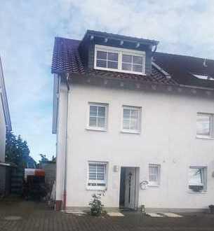 Top gepflegtes ReihenEndhaus!2 Stellplätze+EBK+Garten+Keller&Spitzboden ausgebaut!