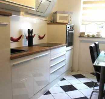 Stilvolle 3,5-Zimmer-EG-Wohnung mit Einbauküche in Gärtringen