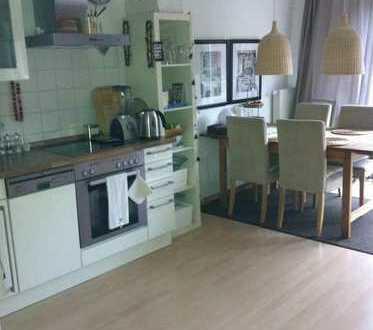 Attraktive Maisonette Wohnung in Stuttgart- Stammheim mit EBK und Balkon