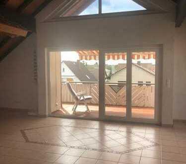 *Mainflingen* – Groß, hell, gepflegt, 2,5 Zimmerwohnung mit EBK und Balkon