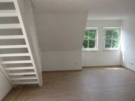 von Privat, großzügige, helle 2 Zimmer-Maisonette-Wohnung ca. 62qmm in Herrsching Zentrum