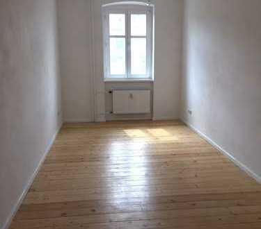 *NEU* 3er-WG-geeignete 3-Zimmerwohnung in Kreuzberg/ am U-Bhf. Görlitzer Bahnhof (U1)