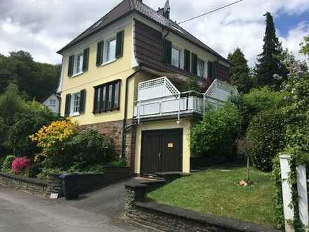 Villa in Siegen-Weidenau mit 6 Zimmern