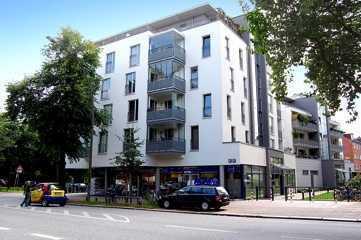 Helle 4-Zi-Wohnung mit Balkon, Fahrstuhl, Tiefgarage in bester Lage!