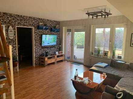 Schöne 2-Zimmer-DG-Wohnung mit Balkon und EBK in Ahaus