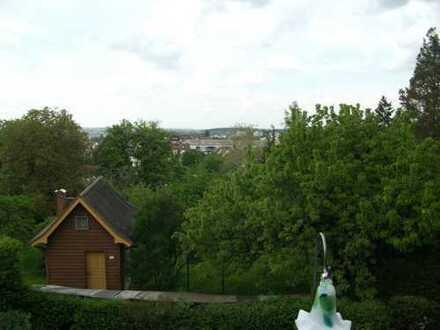 """""""Haus im Haus ...Sonnendurchflutet mit Blick"""" Garten - Garagen"""