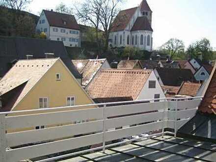 Im Herzen von Kaufbeuren, 3 Zimmer Wohnung, mit Zugang Dachterrasse, Erstbezug nach Sanierung