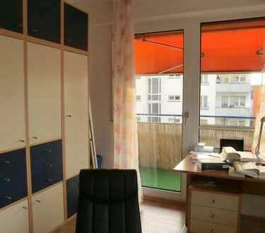 Helle 1-Zimmer-Wohnung mit Balkon nahe Rohrbach Markt