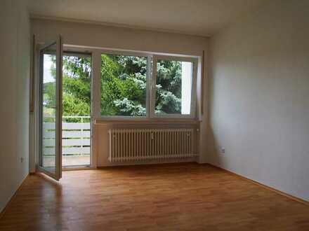 +++ AS-Immobilien.com +++ neu renovierte 3 Zimmerwohnung mit 2 Balkonen +++
