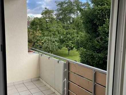 schöne 3-Zi. Wohnung mit Süd-Balkon