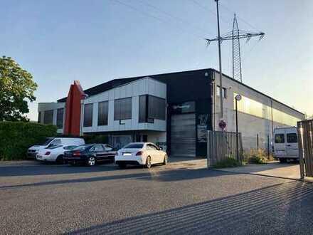 +++Provisionsfrei+++ Gewerbehalle mit Büros und Parkplätze