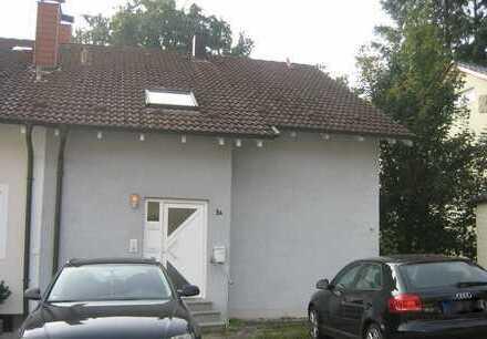 Idyllische Wohnlage! 2-Zimmer-Dachgeschosswohnung in Pfinztal-Kleinsteinbach zu verkaufen