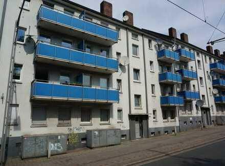 Kapitalanleger und Selbstnutzer aufgepasst! – 3-Zimmer-Wohnung renovierungsbedürftig & günstig!