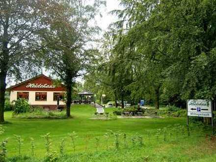 Gut laufendes Restaurant / Café mit der Option auf Nutzungsänderung und ca. 4500 qm Grundstück!!