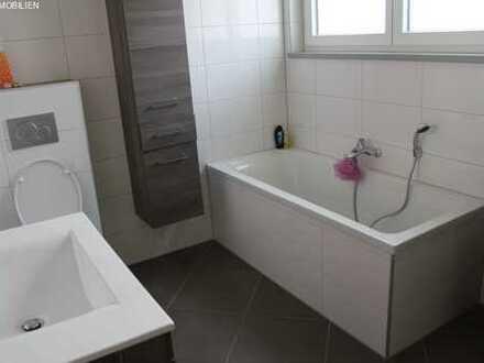 Hochwertige Doppelhaushälfte ** Solide von Grund auf mit Designer - EBK -- mit effizienter Heiztechn