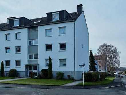 Gepflegte 1,5-Zimmer-DG-Wohnung mit Balkon, EBK und Garage in Dortmund