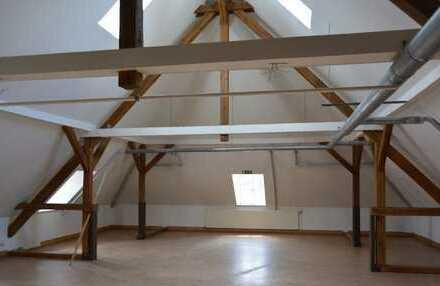 Ausbaufähige Büro-/Praxisfläche oder Kursraum im NWZ - ca. 250m² (teilbar) - Provisionsfrei