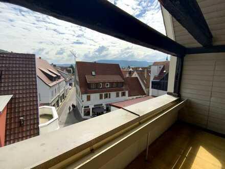 Über den Dächern von Metzingen: Charmante 4 Zimmer Maisonette Wohnung !