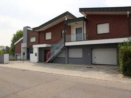 Bürogebäude mit Wohnhaus zu verkaufen in Oberhausen-Rheinhausen