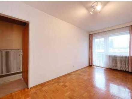 Zimmer mit Balkon in großem Haus mit 160 m² Nähe Innenstadt und FH