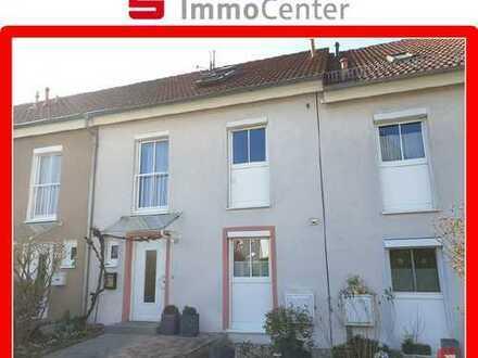 Willkommen Zuhause! Attraktives Reihenmittelhaus in Eggenstein-Leopoldshafen