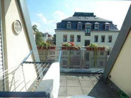wunderschöne Dachgeschosswohnung mit ca. 61 m² Wohnfläche (inkl. Dachterrasse)