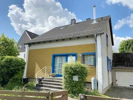 Stadtnah und mit herrlichem Garten - Ein kleines Haus mit viel Potential