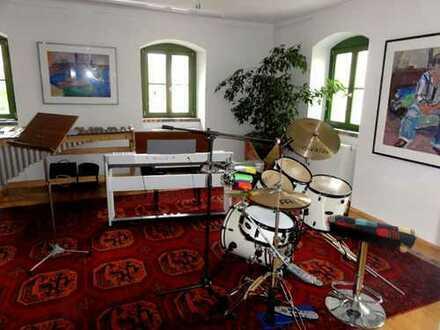 Stilvoll und außergewöhnlich! - Wunderschöne 4-Zimmer-Gewerbeeinheit in Leubnitz-Neuostra!