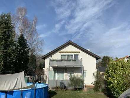 1.170 €, 140 m², 5 Room(s)