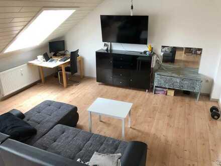 Modernisierte Maisonette Wohnung mit drei Zimmern und EBK in Hockenheim