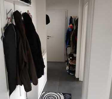 Freundliche 2-Zimmer-Wohnung mit Balkon und Einbauküche in Aschaffenburg